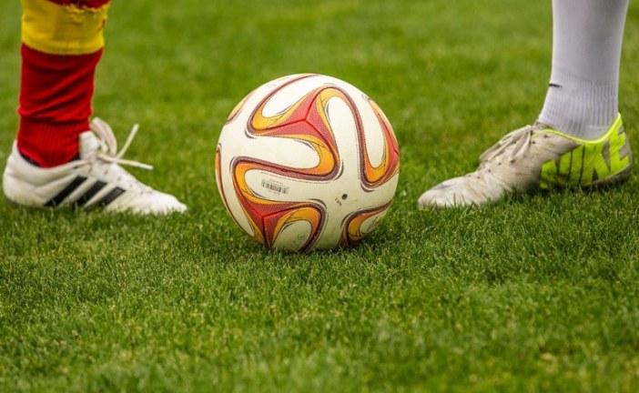 Pokvarila se kola Hitne pomoći, fudbaleri gurali